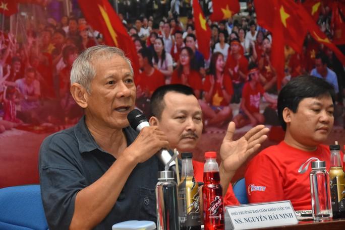 Cuộc thi sáng tác Bài hát cổ động bóng đá Việt Nam: Tăng tốc về đích - Ảnh 2.