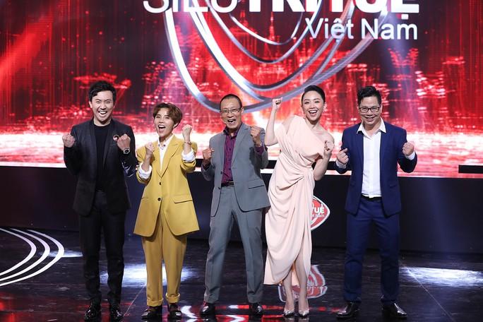 MC Lại Văn Sâm kinh ngạc trước tài năng của thí sinh Siêu trí tuệ Việt - Ảnh 2.