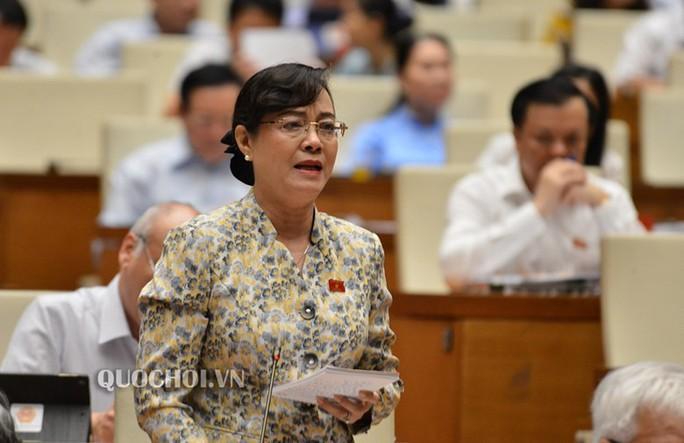 Đại biểu QH Nguyễn Thị Quyết Tâm rơi nước mắt trên nghị trường khi nói về công nhân - Ảnh 2.