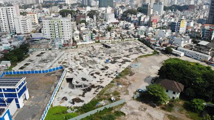 Buộc tháo dỡ công trình khủng xây không phép ở TP HCM - Ảnh 1.