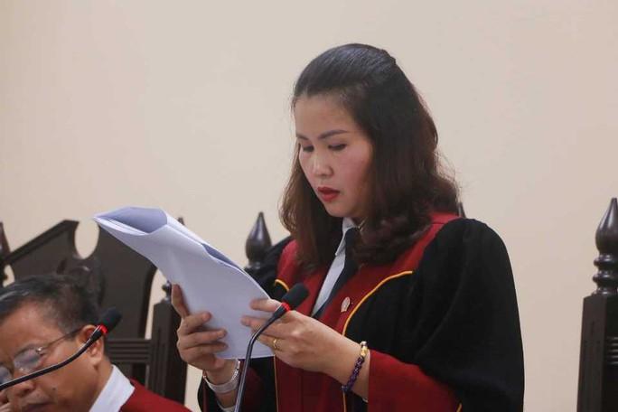 Gian lận thi cử ở Hà Giang: Tòa kiến nghị Bộ Công an điều tra có hay không việc đưa và nhận hối lộ - Ảnh 6.