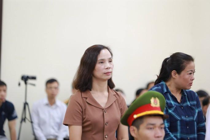 Gian lận thi cử ở Hà Giang: Tòa kiến nghị Bộ Công an điều tra có hay không việc đưa và nhận hối lộ - Ảnh 11.