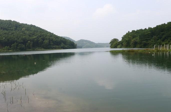 Sau vụ ô nhiễm nguồn nước, tình Hòa Bình đòi Công ty nước sạch Sông Đà trả hồ Đầm Bài - Ảnh 1.