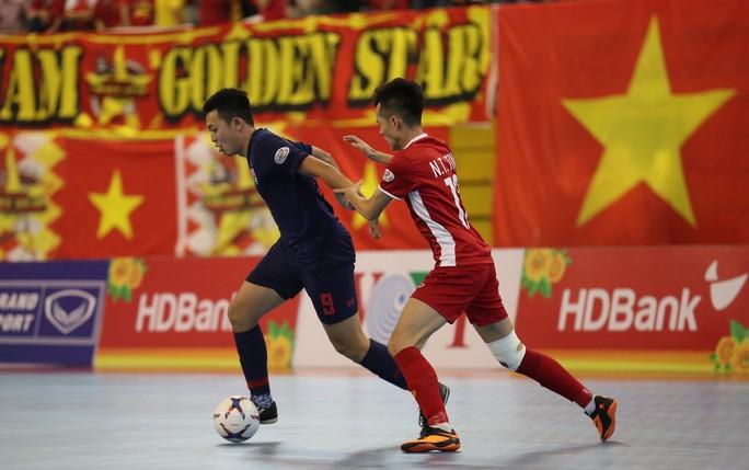 Futsal Việt Nam tiếp tục bị Thái Lan lấn lướt - Ảnh 4.
