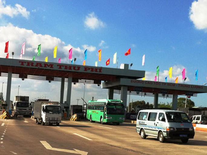 Bắt một loạt bị can trong vụ đấu thầu và thu phí tuyến cao tốc TP HCM - Trung Lương - Ảnh 1.