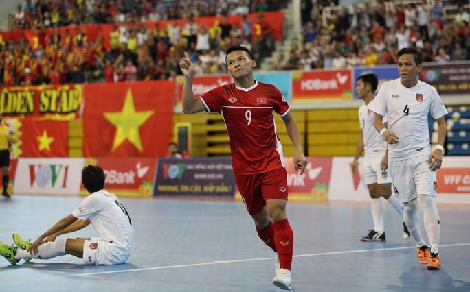 Đánh bại Myanmar, Việt Nam giành suất dự VCK Futsal châu Á 2020 - Ảnh 4.