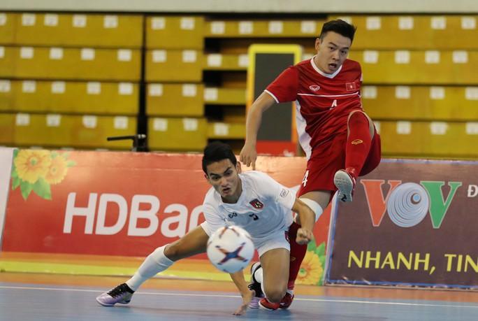 Đánh bại Myanmar, Việt Nam giành suất dự VCK Futsal châu Á 2020 - Ảnh 2.