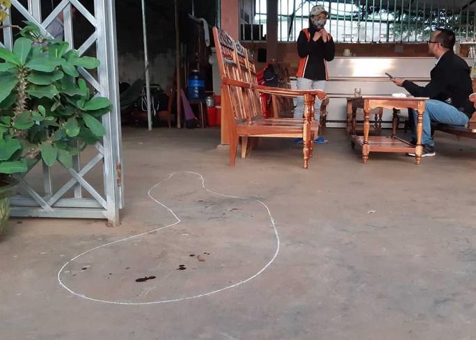 Đắk Lắk: Bắt được nghi phạm bắn người trong quán cà phê - Ảnh 2.