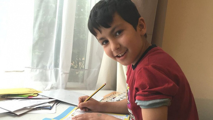 Tin nhắn của cậu bé 7 tuổi cứu sống 15 người trên xe container đông lạnh - Ảnh 1.