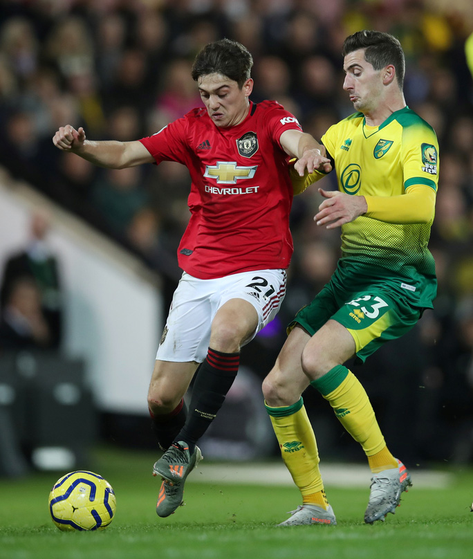 Hỏng 2 quả phạt đền, Man United vẫn thắng Norwich, tăng 7 hạng - Ảnh 3.