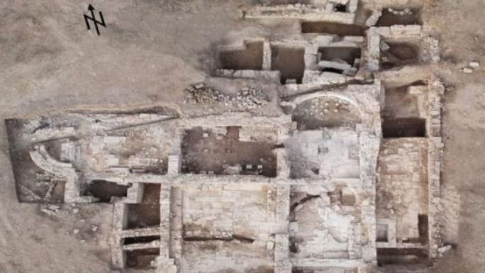 Phát hiện chốn ăn chơi khó tin trong thành phố mất tích 2.000 năm - Ảnh 4.