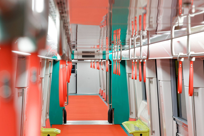 Thường trực Ban Bí thư Trần Quốc Vượng lên đoàn tàu đầu tiên của tuyến đường sắt Nhổn-Ga Hà Nội - Ảnh 6.