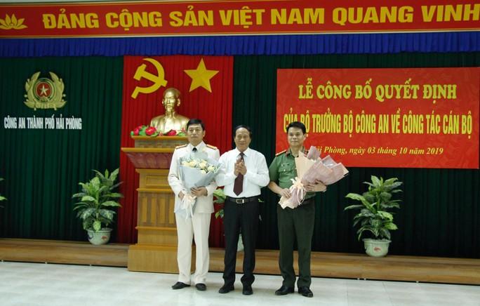 Giám đốc Công an tỉnh Hải Dương về làm Giám đốc Công an TP Hải Phòng và ngược lại - Ảnh 1.
