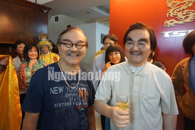 Đông đảo nghệ sĩ nghẹn ngào tiễn biệt NSND Thế Anh - Ảnh 2.