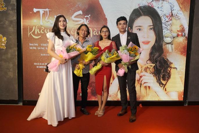 Dương Cường, Thái Ngân đẹp đôi trên thảm đỏ - Ảnh 8.