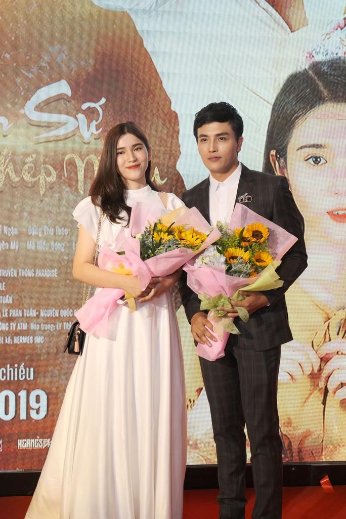 Dương Cường, Thái Ngân đẹp đôi trên thảm đỏ - Ảnh 6.