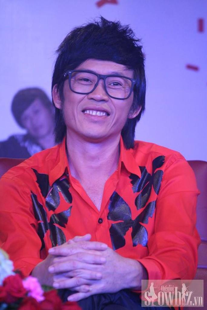 Danh hài Hoài Linh sợ khán giả thấy mình cũ - Ảnh 4.