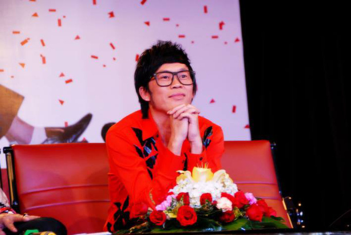 Danh hài Hoài Linh sợ khán giả thấy mình cũ - Ảnh 1.