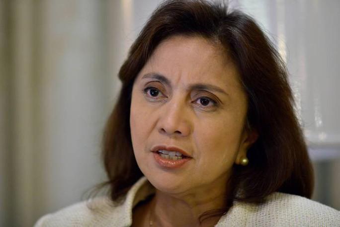 Ông Duterte thách thức nữ phó tổng thống - Ảnh 2.