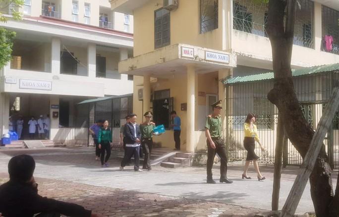 Vợ Giám đốc Bệnh viện Tâm thần Thanh Hóa chia chác hơn 500 triệu đồng tiền thuốc của người bệnh - Ảnh 2.