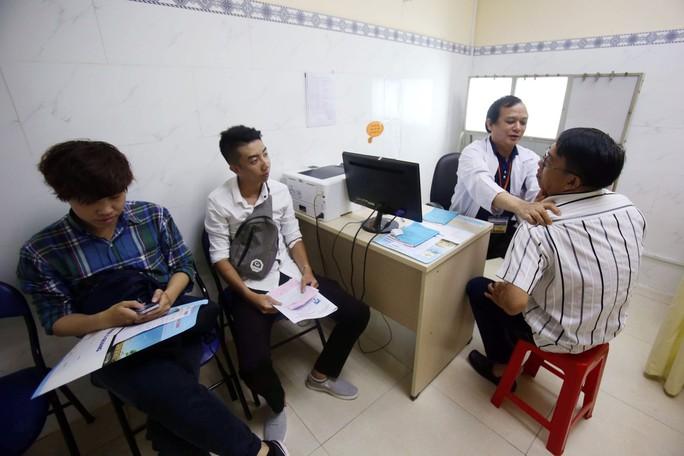 Kiểm soát chi tiêu khám chữa bệnh BHYT - Ảnh 1.