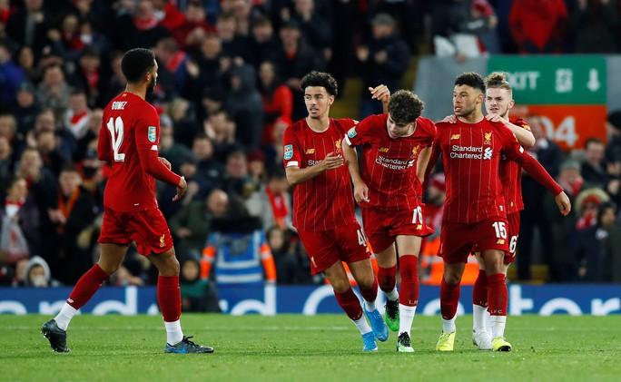 Rượt đuổi 10 bàn thắng, Liverpool hạ Arsenal ở cúp Liên đoàn - Ảnh 4.