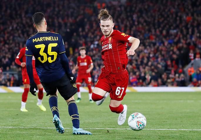 Rượt đuổi 10 bàn thắng, Liverpool hạ Arsenal ở cúp Liên đoàn - Ảnh 2.