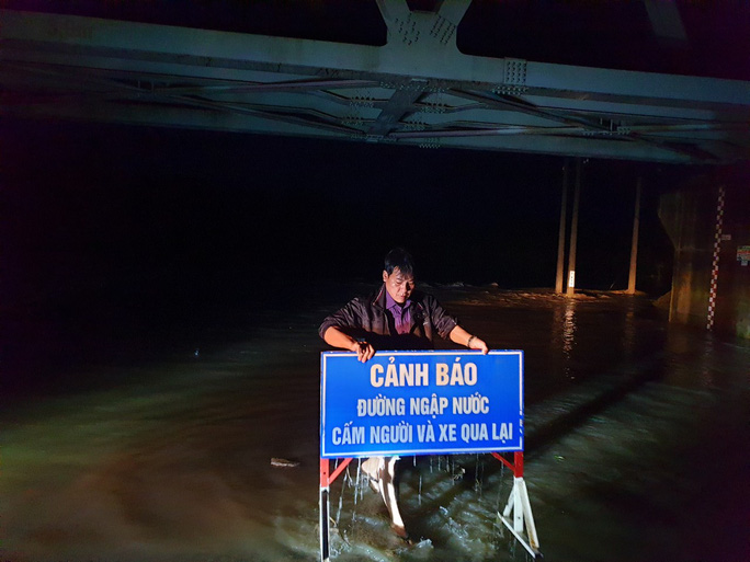 Phú Yên: Một người chết trong đêm bão - Ảnh 3.