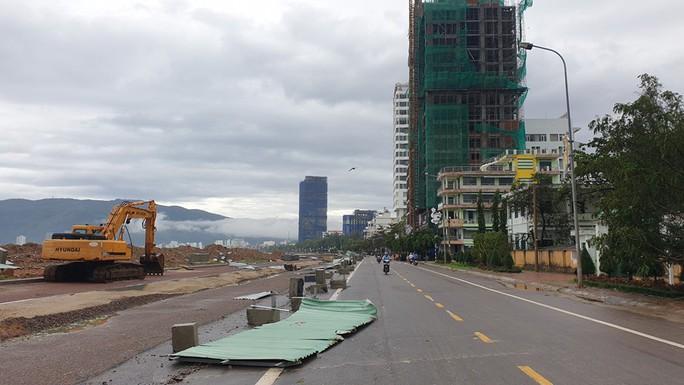 Bình Định: Ngổn ngang sau cơn bão số 5 - Ảnh 12.