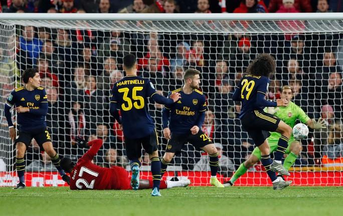 Rượt đuổi 10 bàn thắng, Liverpool hạ Arsenal ở cúp Liên đoàn - Ảnh 5.