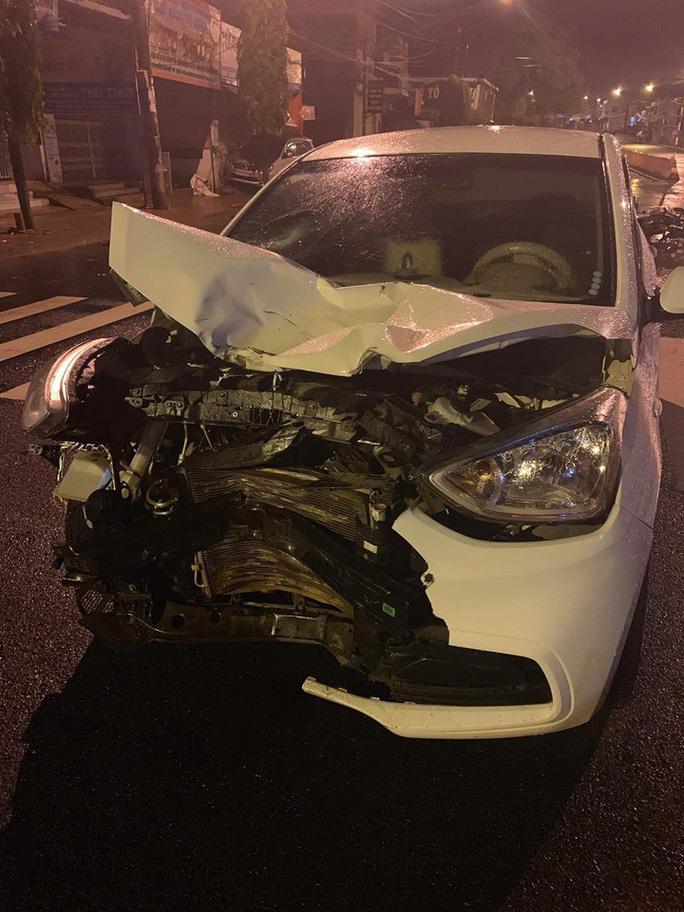 Tai nạn trên đường, 1 trung úy công an tử vong - Ảnh 2.