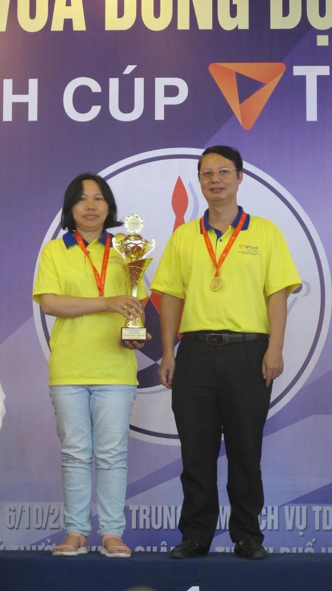 Hai thầy trò đoạt 3 HCV Giải cờ vua đồng đội toàn quốc - Ảnh 1.