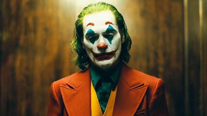 """Bất chấp tranh cãi, """"Joker"""" vẫn hốt bạc phòng vé - Ảnh 2."""