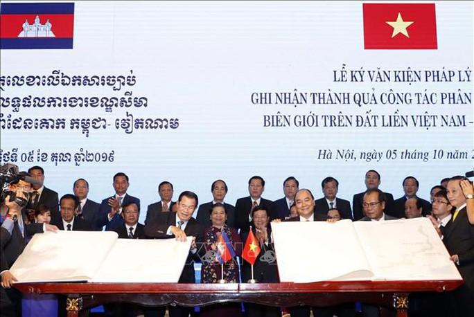 Việt Nam và Campuchia đã phân giới cắm mốc 1.045/1.245 km đường biên giữa hai bên - Ảnh 6.