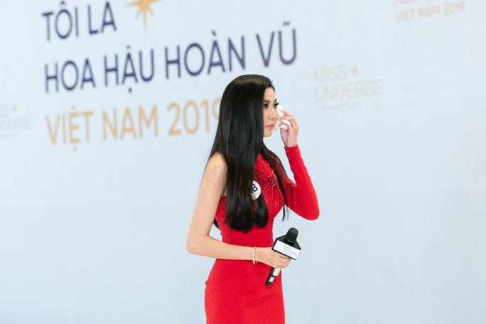 Thúy Vân bị cảnh cáo ở Hoa hậu Hoàn vũ Việt Nam 2019 - Ảnh 2.