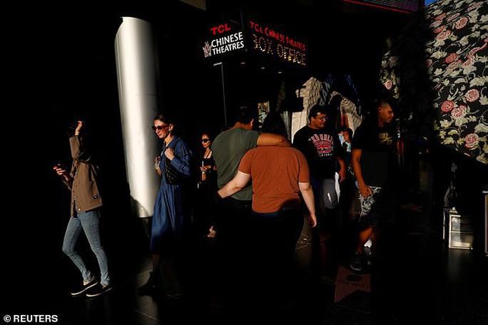 Một số khán giả hoảng sợ vì Joker - Ảnh 3.