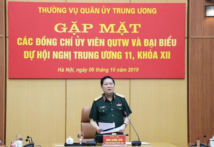 Quân ủy Trung ương gặp mặt các Ủy viên Quân ủy Trung ương, đại biểu dự Hội nghị Trung ương 11 - Ảnh 2.