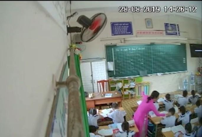 Có nên gắn camera trong lớp học? - Ảnh 2.