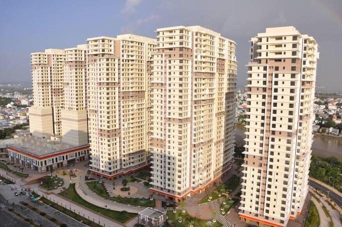 Ngân hàng phát mãi hàng chục căn hộ ở TP HCM để thu hồi nợ - Ảnh 1.