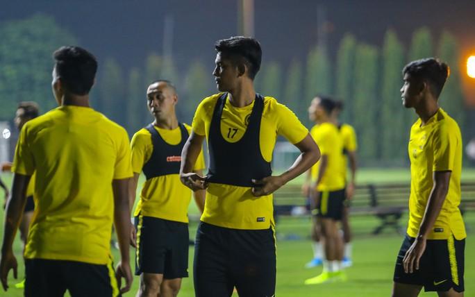 Đội tuyển Malaysia giấu bài trong buổi tập đầu tiên tại Việt Nam - Ảnh 14.