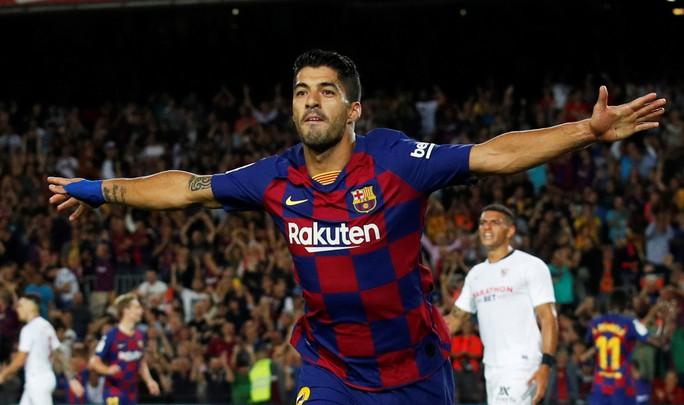 Bộ ba MSD tỏa sáng, Barcelona hạ gục Sevilla bằng loạt siêu phẩm - Ảnh 4.