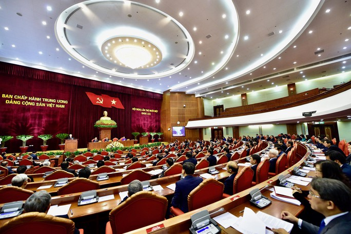 Tổng Bí thư, Chủ tịch nước phát biểu khai mạc Hội nghị Trung ương 11 - Ảnh 2.
