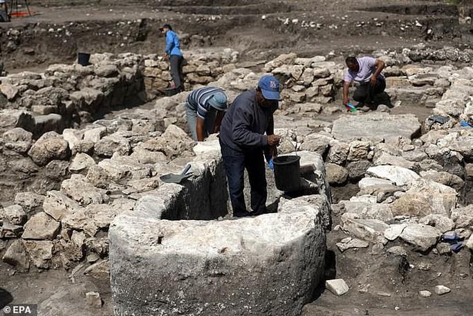 Đào đường, phát hiện 2 thành phố ma chồng lên nhau dưới lòng đất - Ảnh 4.