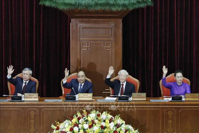 Ông Trần Quốc Vượng điều hành phiên họp toàn thể Hội nghị Trung ương 11 - Ảnh 1.