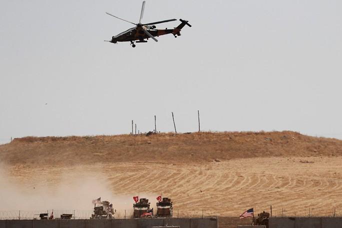 Ông Donald Trump: Trung Quốc và Nga vui khi thấy Mỹ sa lầy ở Syria - Ảnh 2.