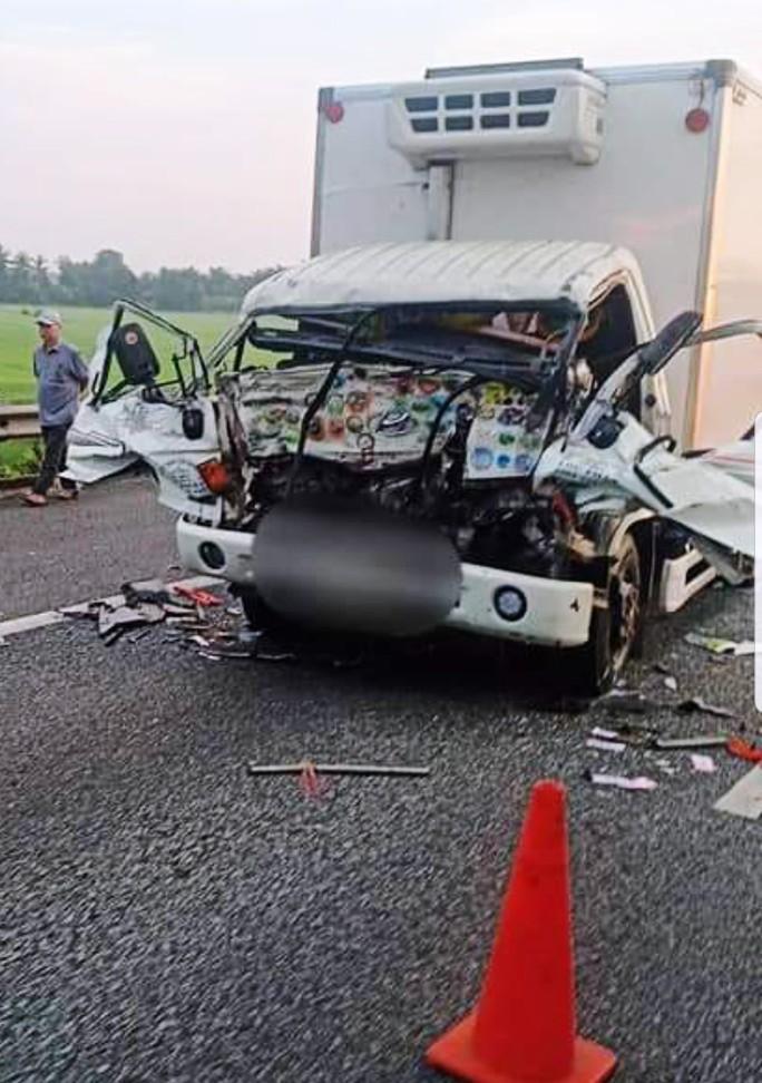 Tai nạn nghiêm trọng trên cao tốc TP HCM - Trung Lương - Ảnh 1.