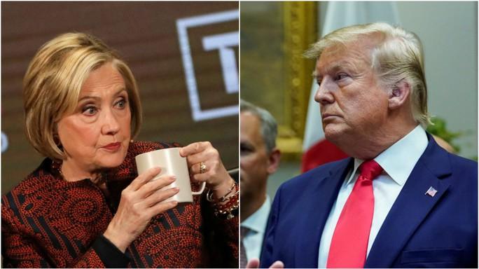 Bà Clinton phản ứng khi bị ông Trump xúi ra tranh cử tổng thống - Ảnh 1.