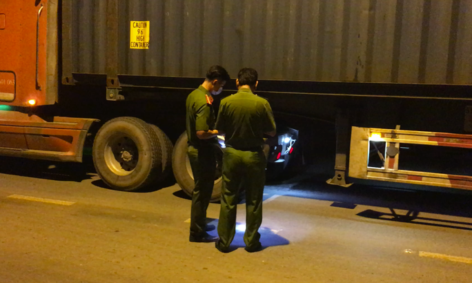 VIDEO: Khám nghiệm vụ tai nạn chết người trên con đường tử thần ở TP HCM - Ảnh 1.