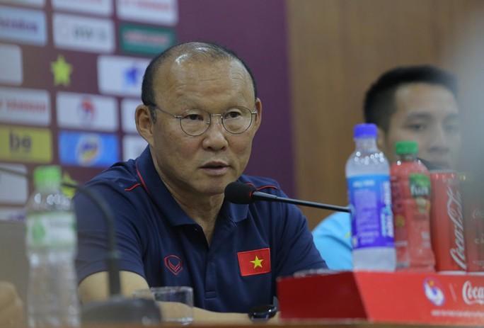 2 HLV Park Hang-seo và Tan Cheng Hoe nói gì về đối thủ trước trận Việt Nam-Malaysia? - Ảnh 2.