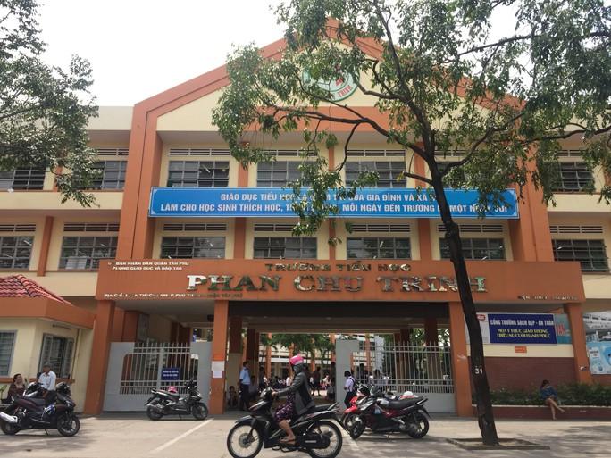 TP HCM: Đình chỉ công tác cô giáo bạo hành học sinh thêm 30 ngày - Ảnh 1.